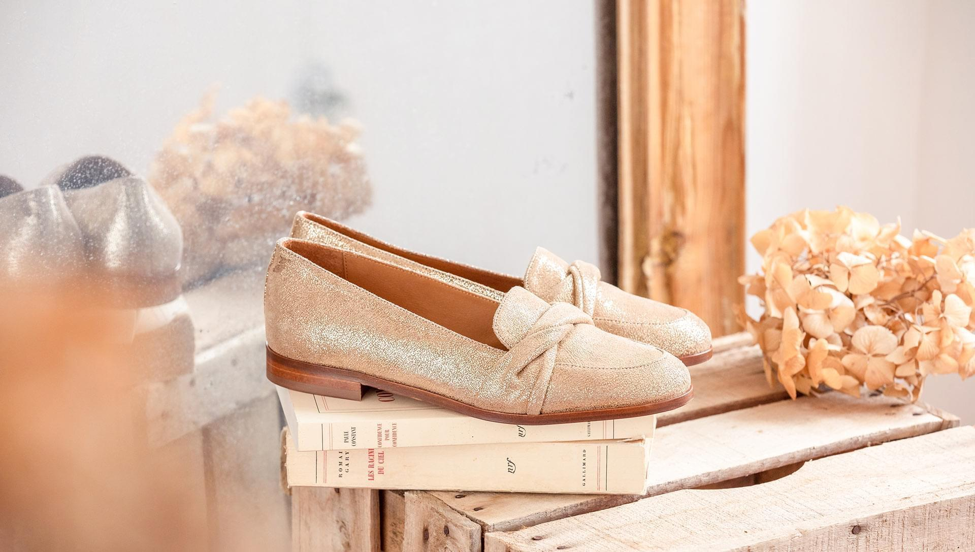 Moccasins - Gold
