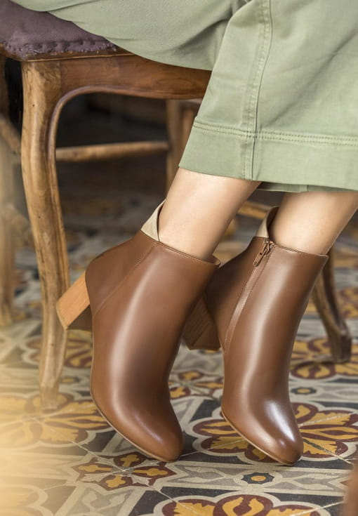 Elise ankle boots - Cognac and gold