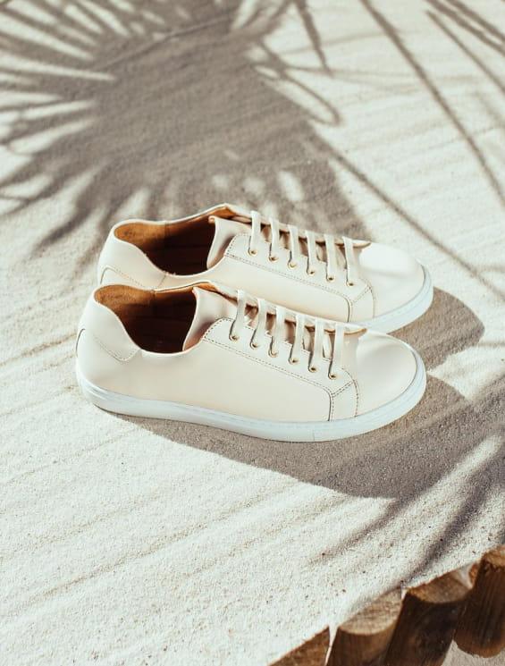 dddfe39a56be Sneakers à Lacets Chics Femme - Pied de Biche