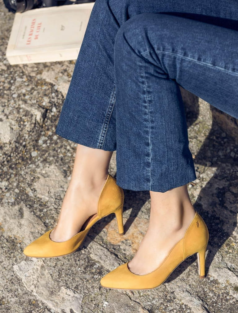 Stiletto - Ocher