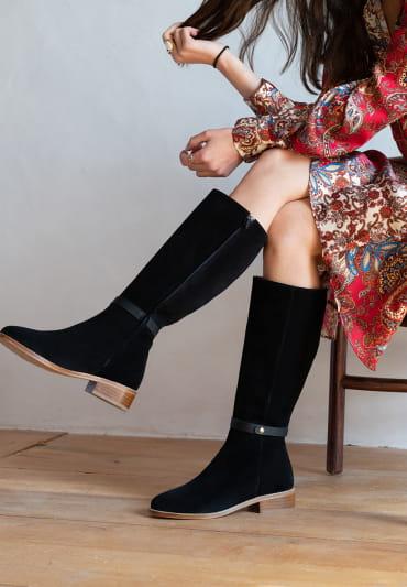 Yséa Flat Boots - Black
