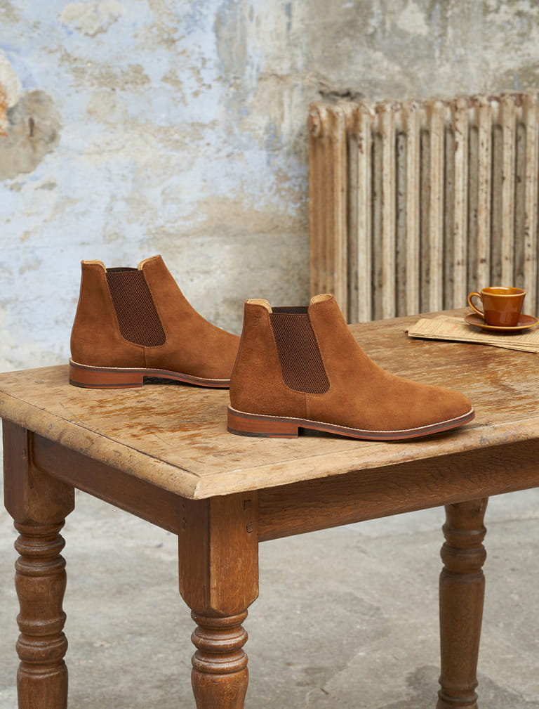 Casual Chelsea Boots - Fawn