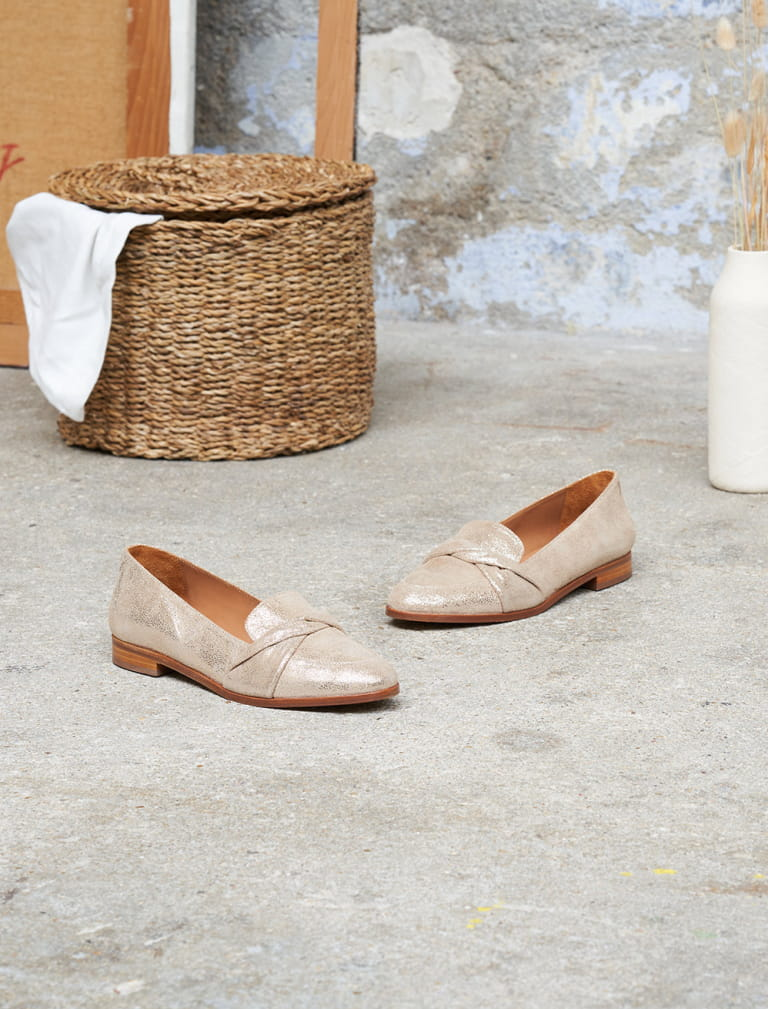 Lilly Moccasins - Gold