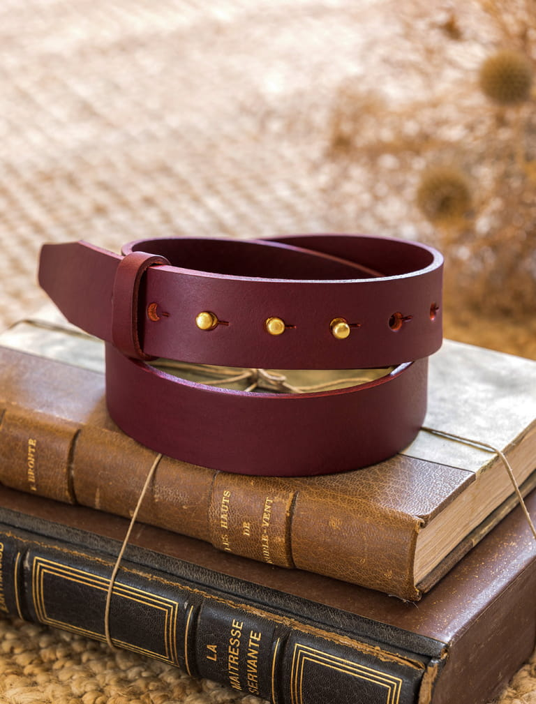 Woman collar button belt - Burgundy