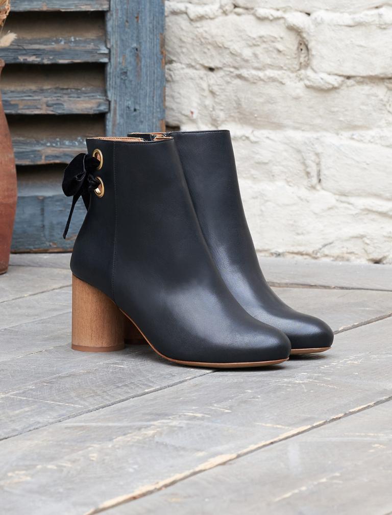 Emma Heeled Ankle Boots - Black