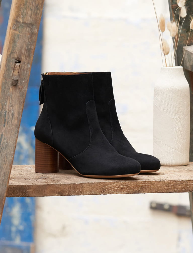 Megan Ankle Heeled Boots - Black